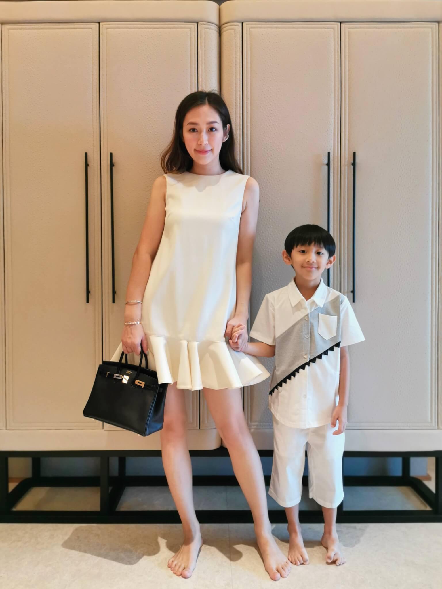 on Bobo Skirt:Valentino Bag:Hermès on Brendan Shirt:Take a nap HK