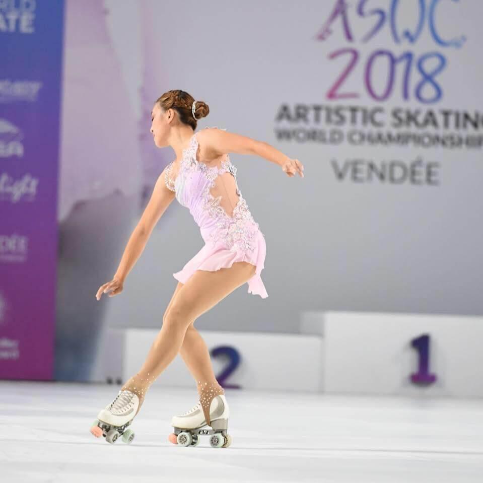 蔡穎怡是本地花式滾軸溜冰好手