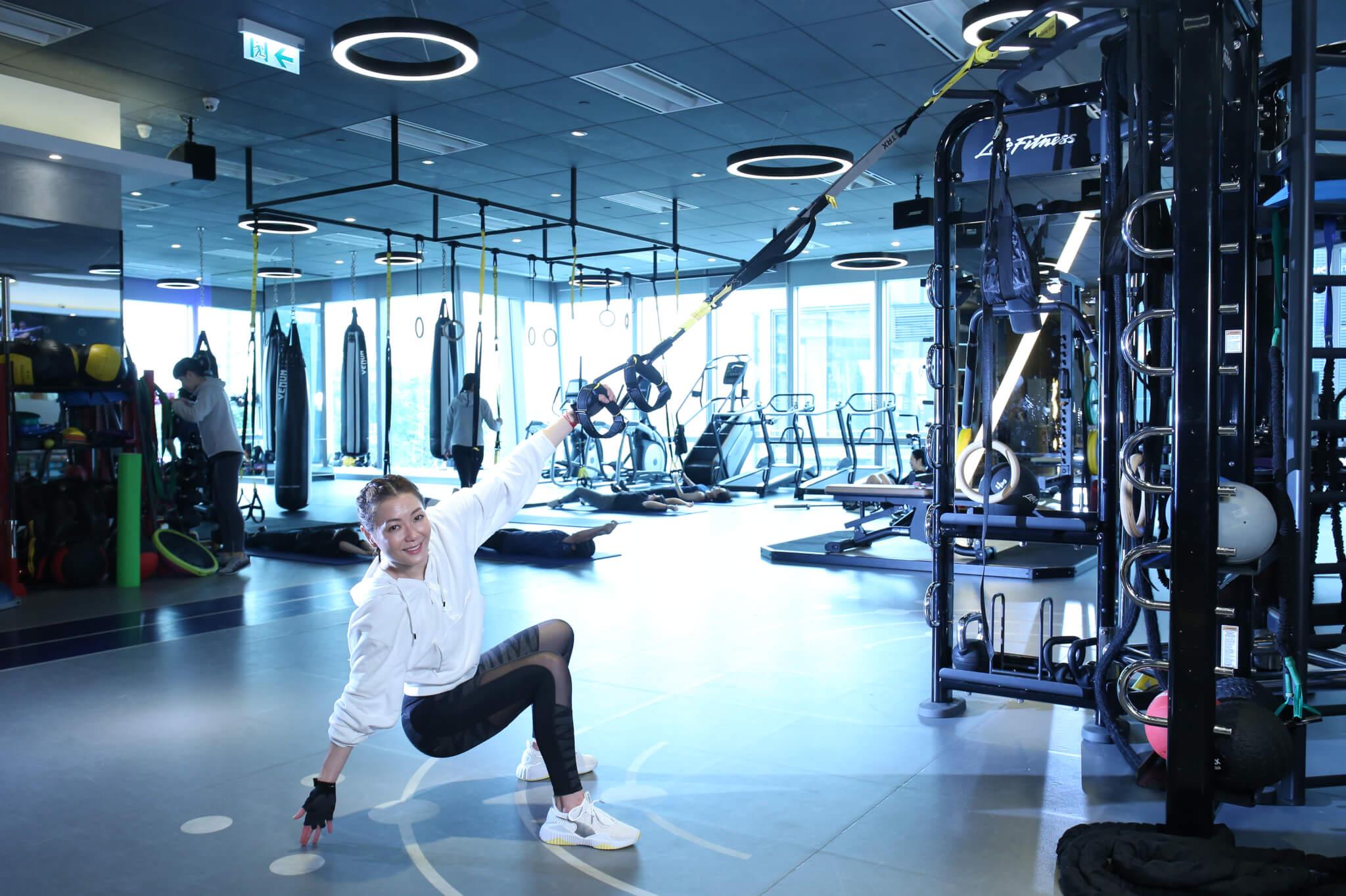 做TRX能強化核心肌,鍛鍊到全身肌肉,提升耐力和爆發力。