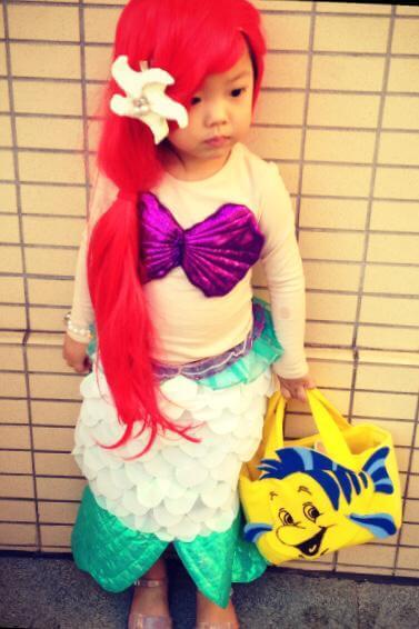 Tayla自小已經喜歡不同造型的打扮,一身人魚小姐扮相,非常可愛。