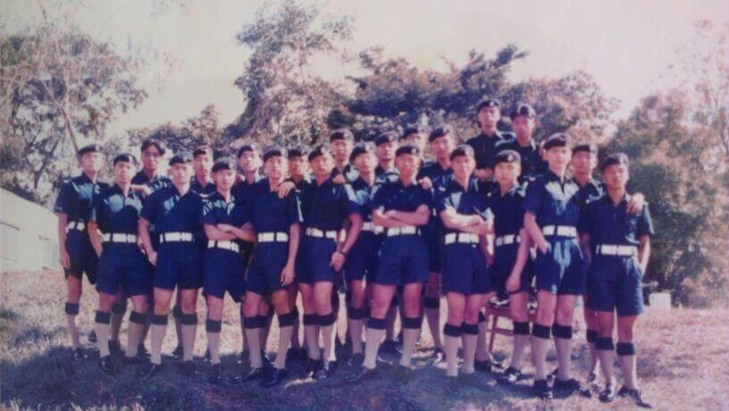 中三後加入香港警察少年訓練學校,是因當年的人氣劇《新紮師兄》。