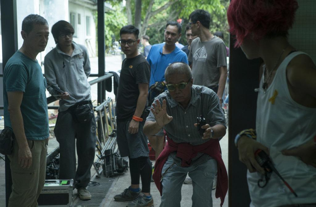 陳果執導的電影《九龍不敗》,有輕鐵打鬥場面,呈現香港特色。
