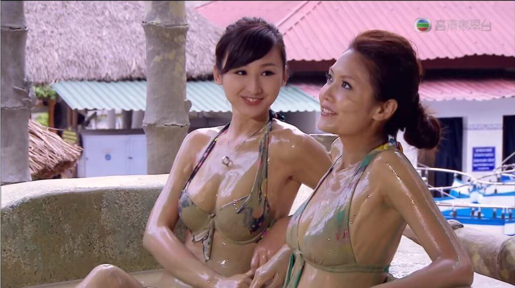 簽無綫早期在旅遊節目穿泳衣,高Ling有段時間頗介意別人說她只懂得性感。
