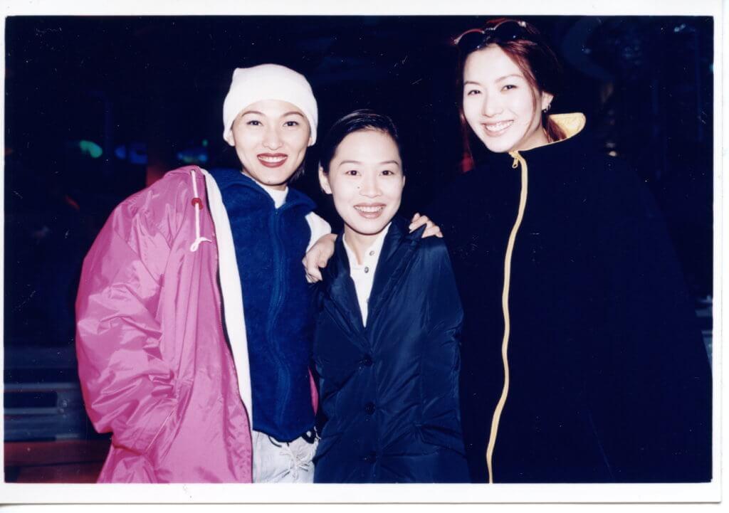 三位女歌手李蕙敏、彭羚、鄭秀文當年難得素顏綵排,鬥味不濃。