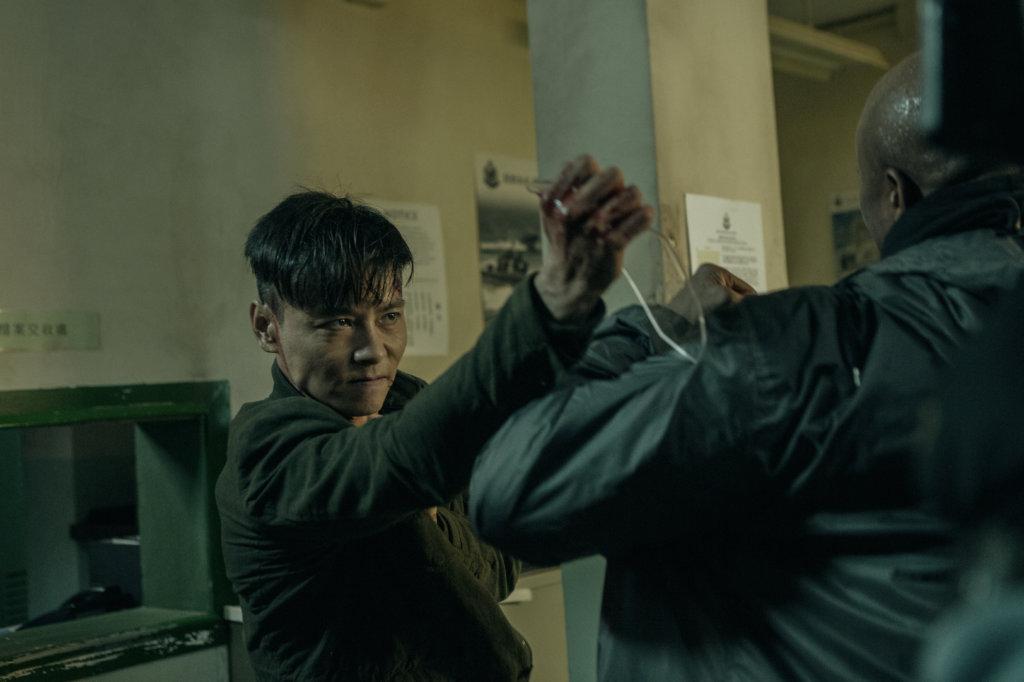 張晉飾演的「九龍」是一名警察,幾年前發生一些事故,令他有很大陰影。