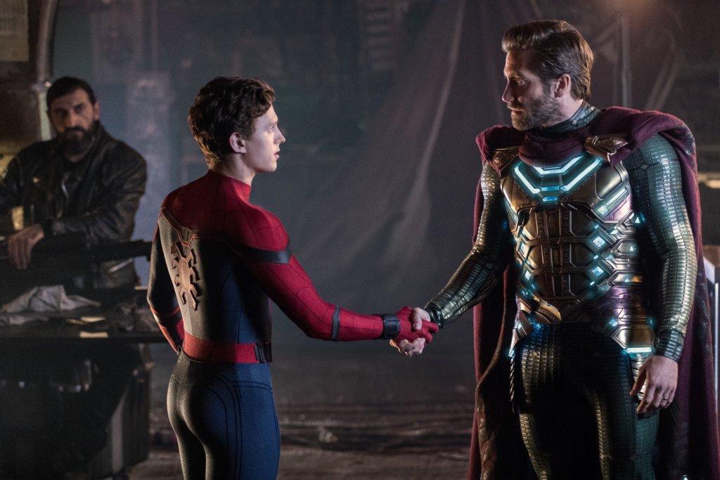 蜘蛛俠與積嘉倫賀扮演的神秘客,在片中同樣搶鏡。