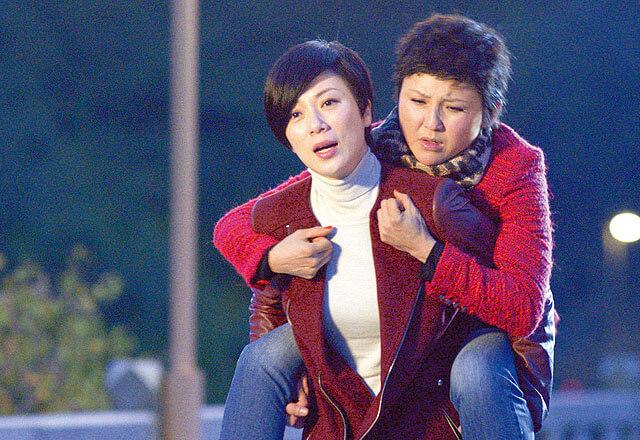 與劉美君在《來世不做香港人》帶出中港矛盾的主題,獲得網民激讚。