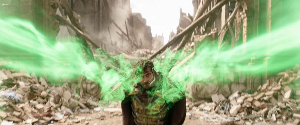神秘客上半故事幫手拯救地球,下半部故事將有意想不到發展。