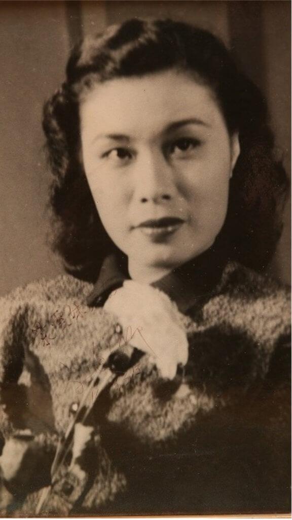 卿姐羅艷卿拍了三百多部電影,紀錄至今未破。