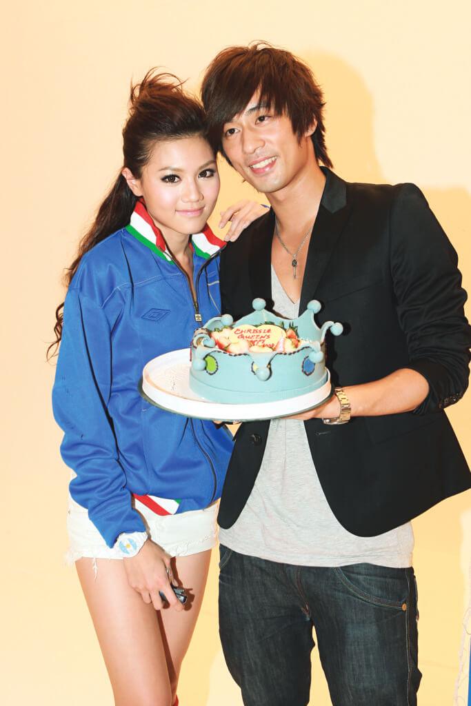 與髮型師男友陳偉成拍拖六年,因對方有暗交其他女友,周秀娜選擇分手。