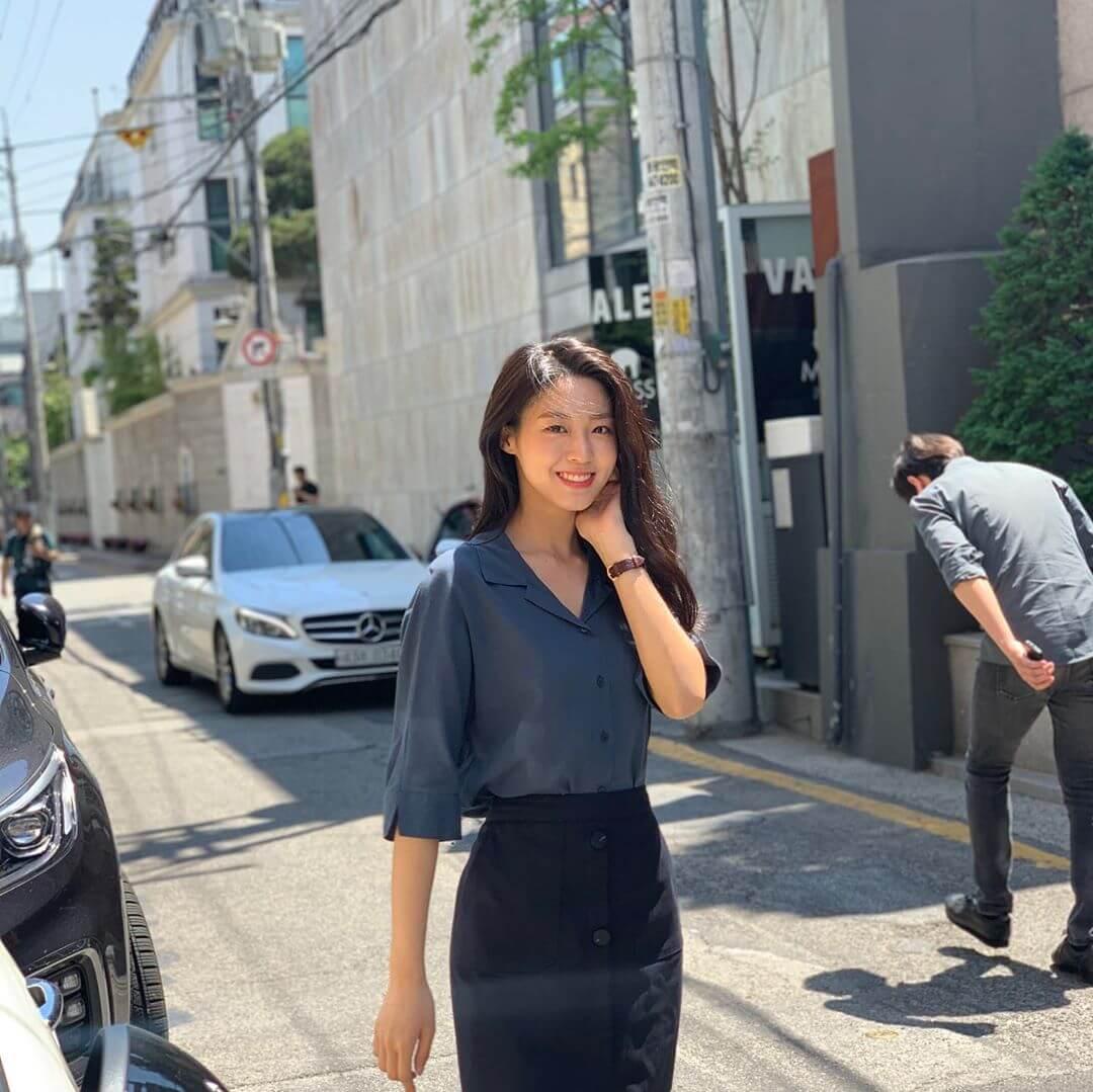 雪炫即將投入預計十月播出的劇集《我的國家》,跟梁世宗、禹棹奐做拍檔。