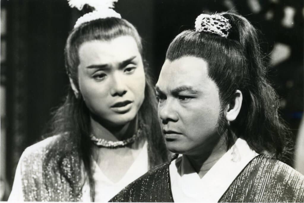關偉倫與伍衛國在八二年播出的劇集《琥珀青龍》合作