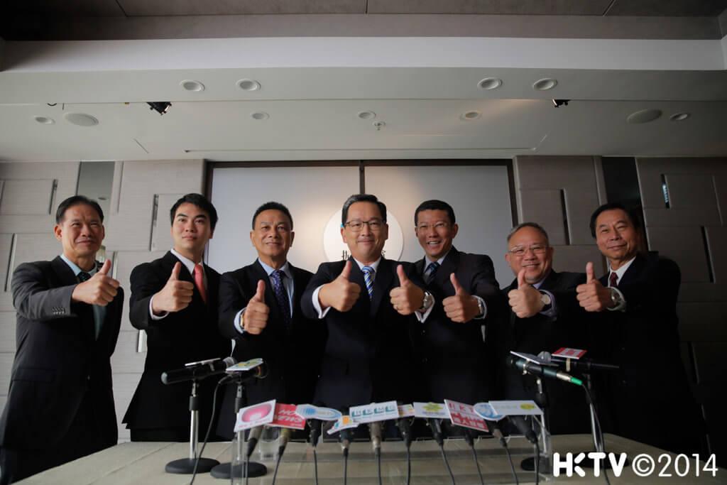 關偉倫離開亞視後,曾簽約香港電視,拍過《選戰》及《導火新聞線》等劇集。