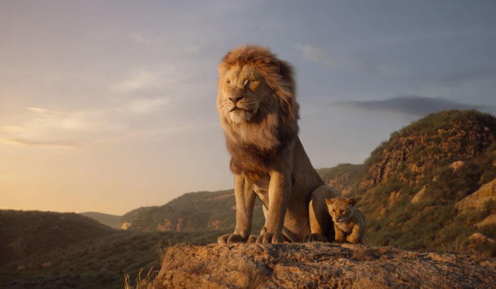 獅子王木法沙與辛巴的父子情,非常動人。