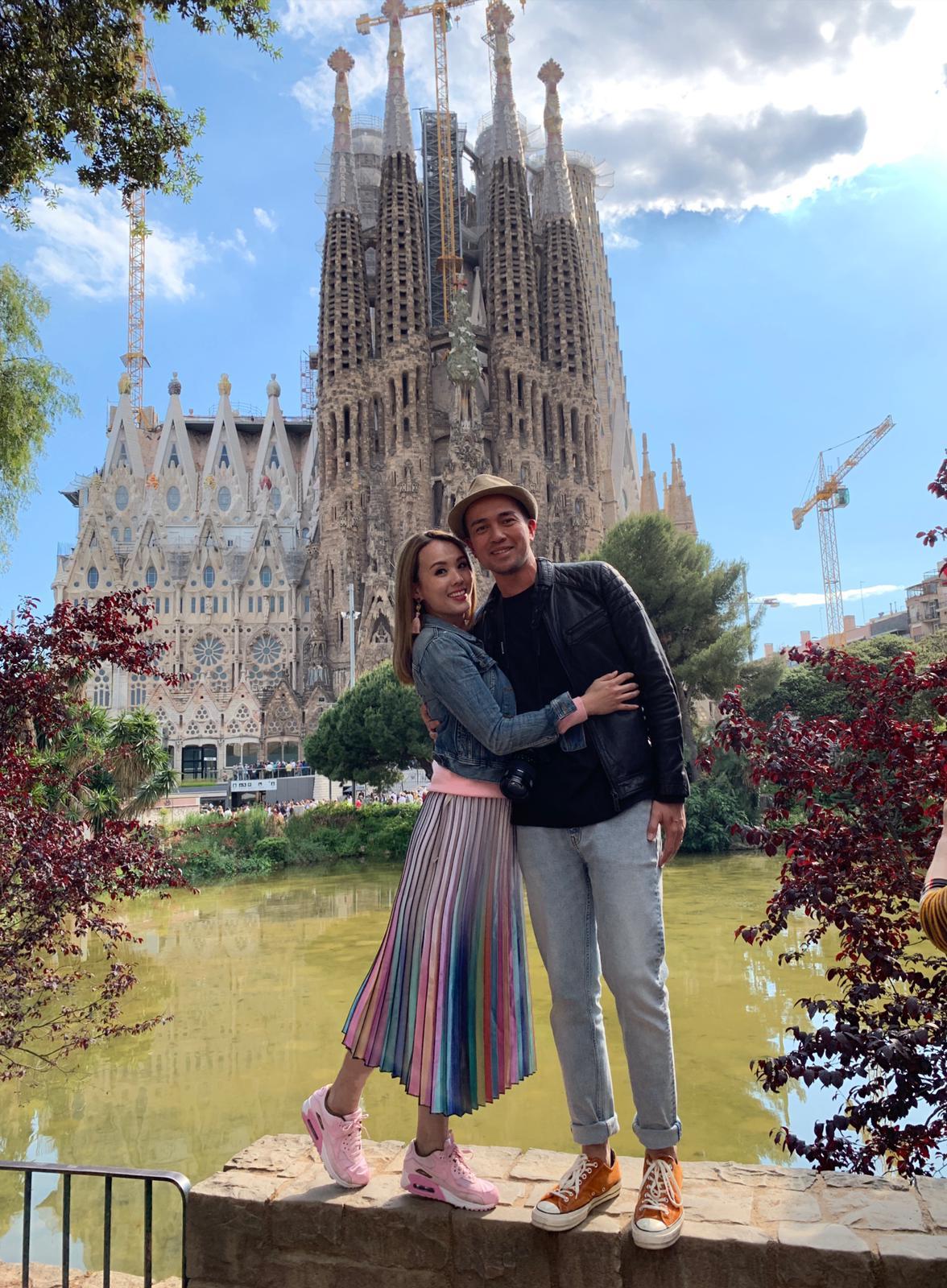 放下囡囡,楊洛婷與老公Tim早前到西班牙旅行,重新感受拍拖的感覺。