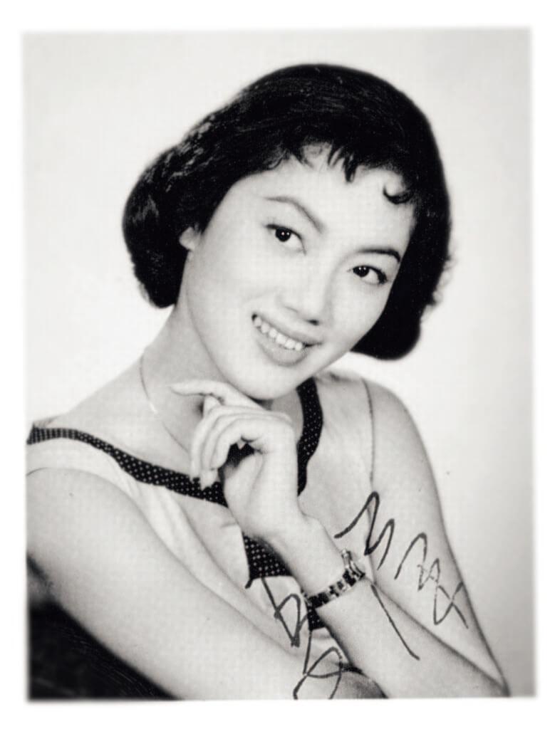 夏萍本月五日逝世,享年八十一歲。