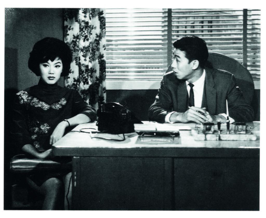 在粵語片年代與夏萍已有經合作的胡楓,大讚她性格豪爽,合作得很愉快。
