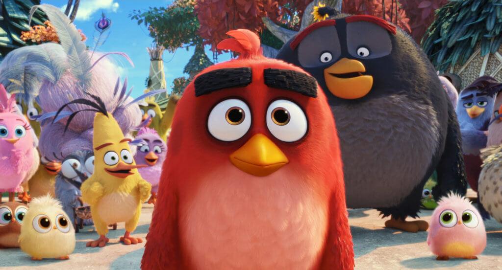 憤怒鳥阿雄成了鳥島全民英雄,找到生命中的存在意義。
