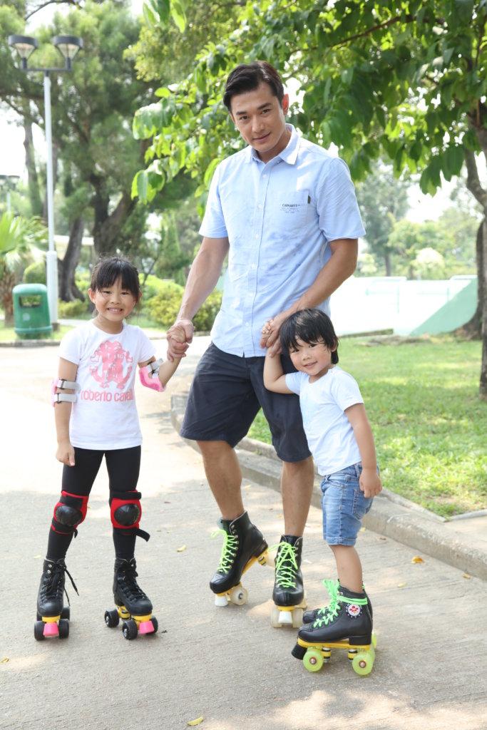 黃祥興表示平日晚上回家,跟子女相處的時間非常短,趁暑假會多抽時間進行親子活動。