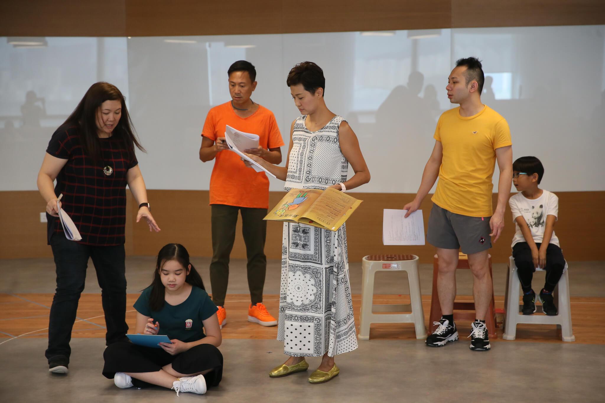 .陳國邦與羅敏莊都分別做過不少舞台劇,不過二人一齊合作同台,卻是首次。