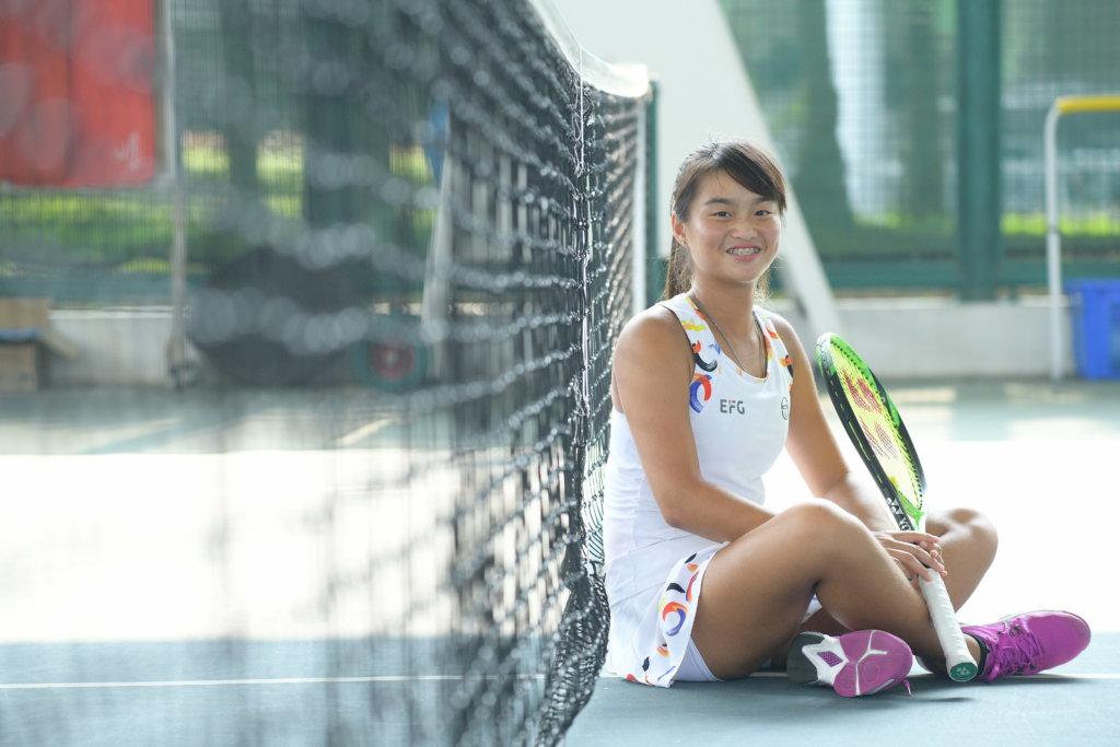 王康怡憑努力爭取成績,被視為網球界新星。