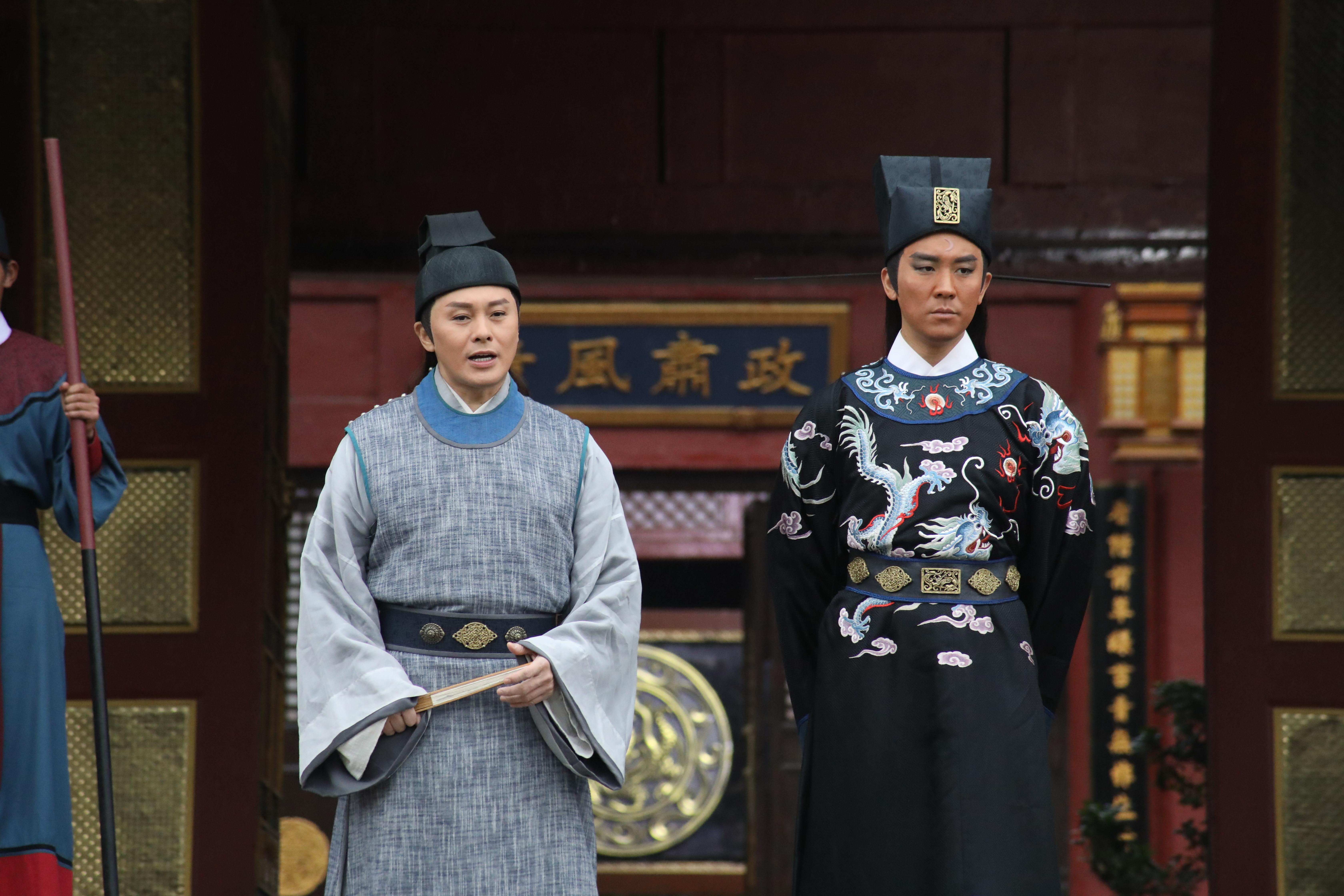 相隔廿多年,譚俊彥子承父業再演包青天,他坦言不可能與父親比較。