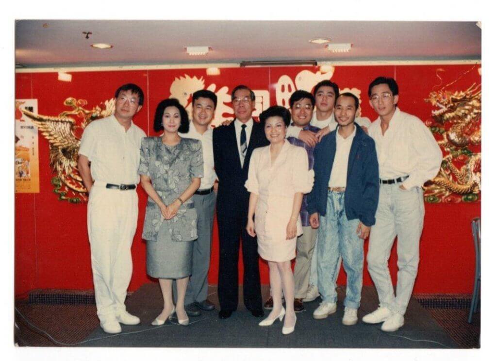 八八年的電影《雞同鴨講》,一眾演員都十分年輕,何啟南亦只有廿多歲。