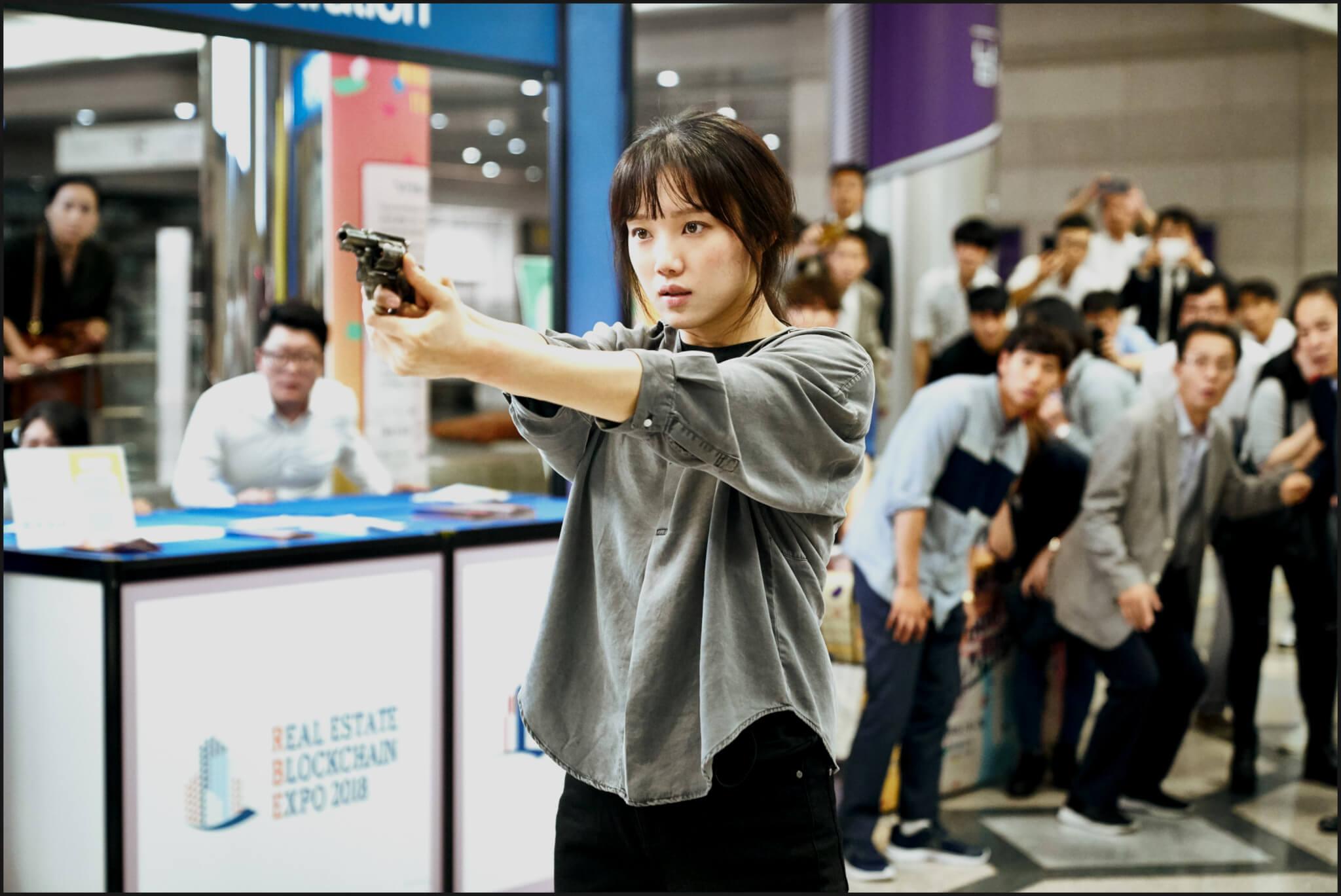 李聖經在戲中差點因查案反變受害者,她跟羅美蘭都表示通過電影更警惕性罪行。