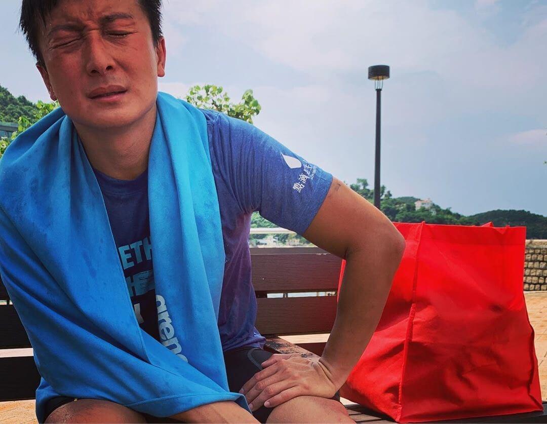 小方坦言以前最多游1500米,今次絕對是越級挑戰,除了父母擔心,以前隊友亦撥冷水,令他更積極練習。