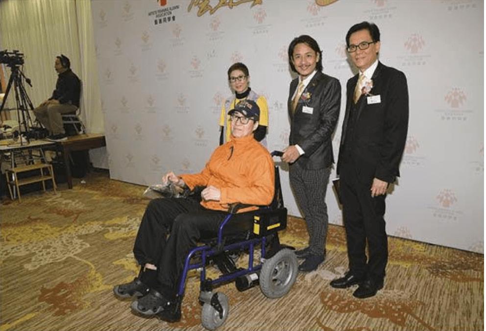 吳博君今年3月出席藝進同學會晚宴已經要坐上電動輪椅。