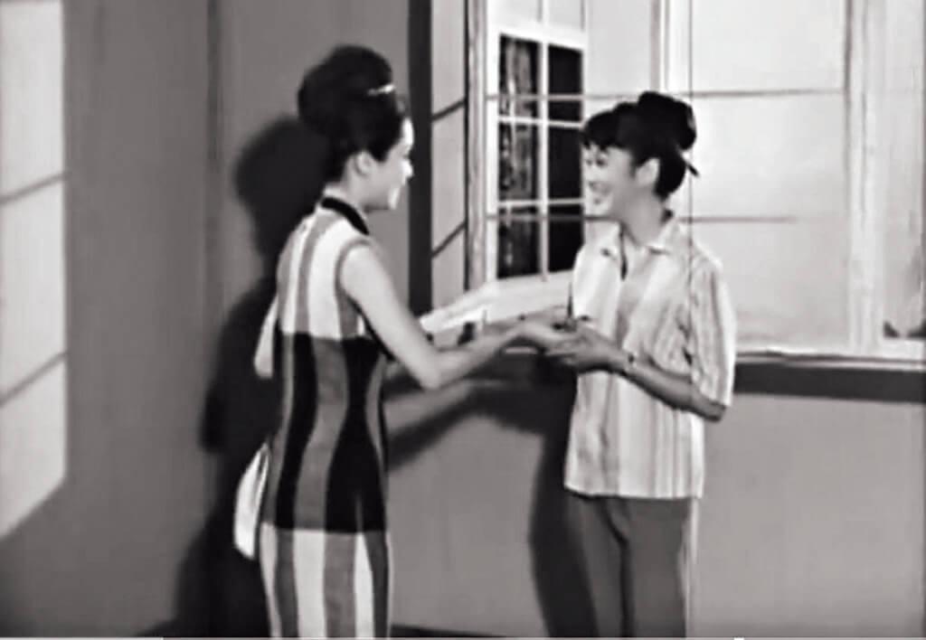 被蒙在鼓裏的夏萍,來來回回的向胡楓請示,盡力幫助林鳳,令觀眾投下同情一票。