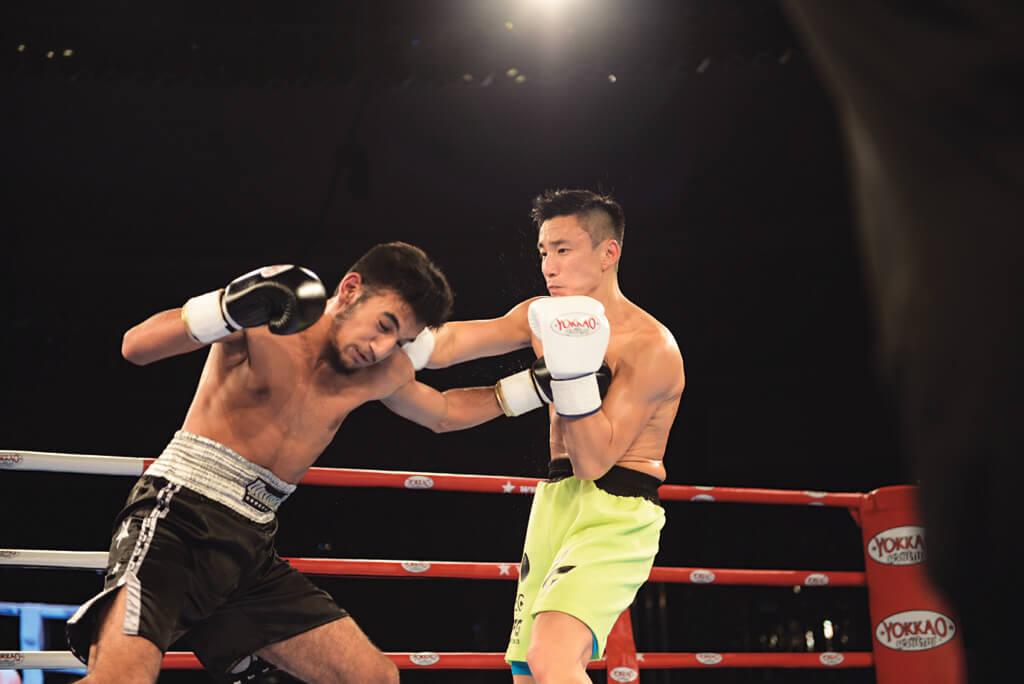 他重踏擂台,停了TVB一年工作,付出不可謂不大,最終以點數敗給英籍印度拳手。
