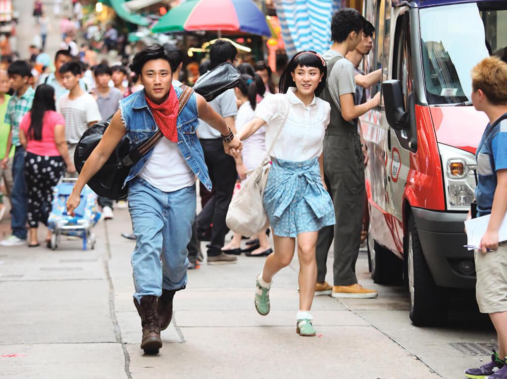 崔建邦在劇集《女人俱樂部》,與王敏奕飾演年輕版的鄭敬基與李麗珍。