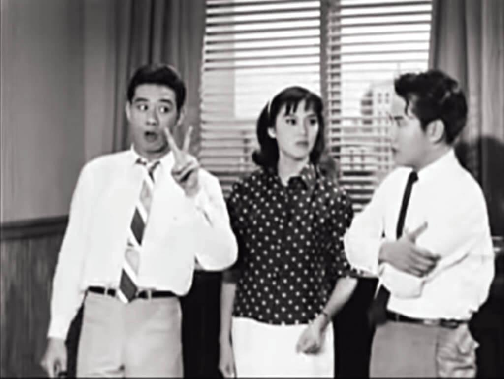 《金屋雙嬌》中,夏萍對飾演小江的麥基曉以大義,一聲「小江」,借了「小江」身份與林鳳交往的胡楓一時忘我:「吓?」成就了接下來胡楓表演欲蓋彌彰的喜劇效果。