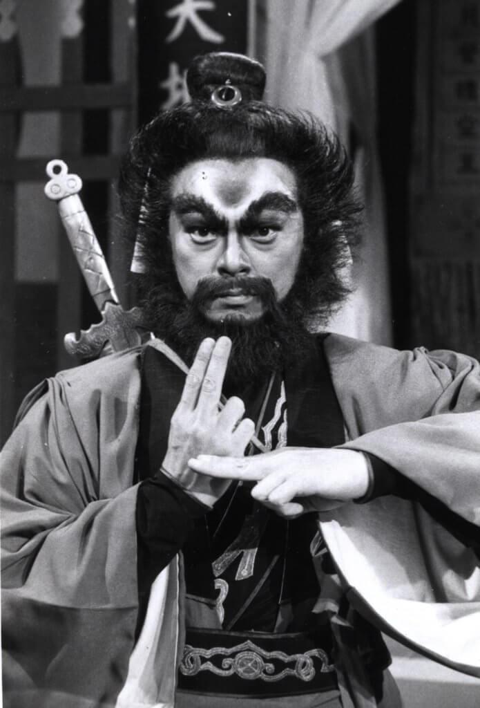 因為擁有一對煞氣十足的大眼,監製要羅樂林演捉鬼天師鍾馗。