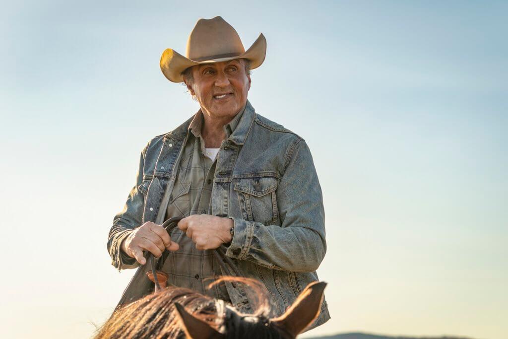 今集的Rambo本來已退隱農場,專注養馬及照顧鄰居。