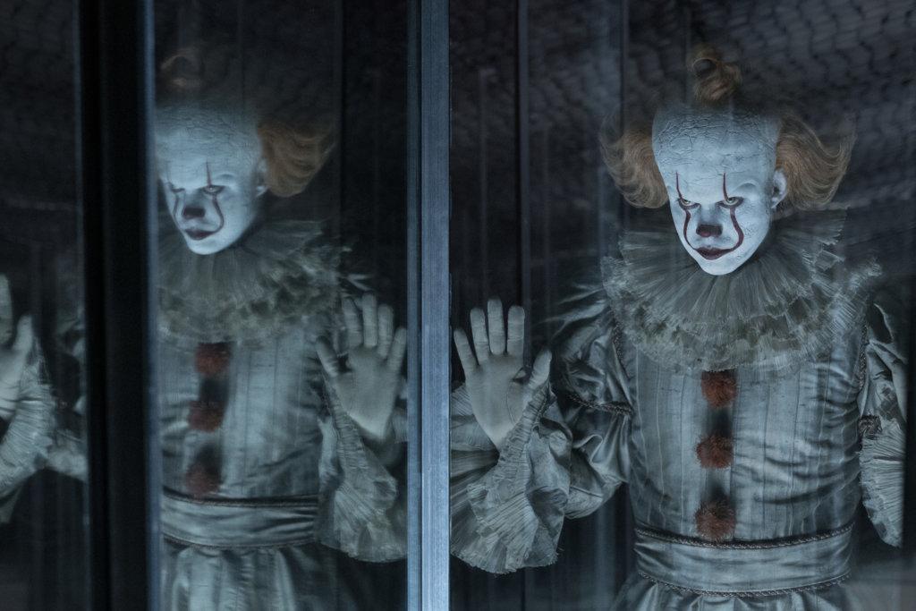 神出鬼沒的小丑,今集再幻化各種妖魔鬼怪不停嚇人。