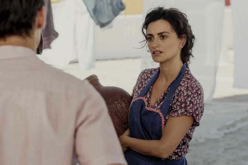 彭妮露扮艾慕杜華的母親,刻苦又美麗。