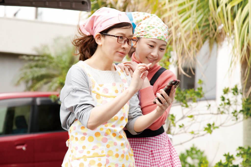 松井玲奈飾演的長女雖然已獨居,但跟母親關係仍很好。