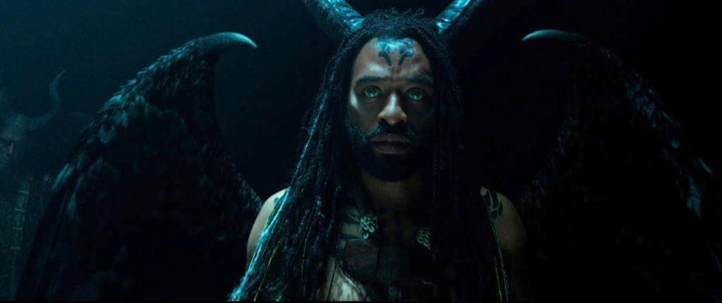 哲維迪依祖科飾演的黑仙族人Conall,相信人性本善。