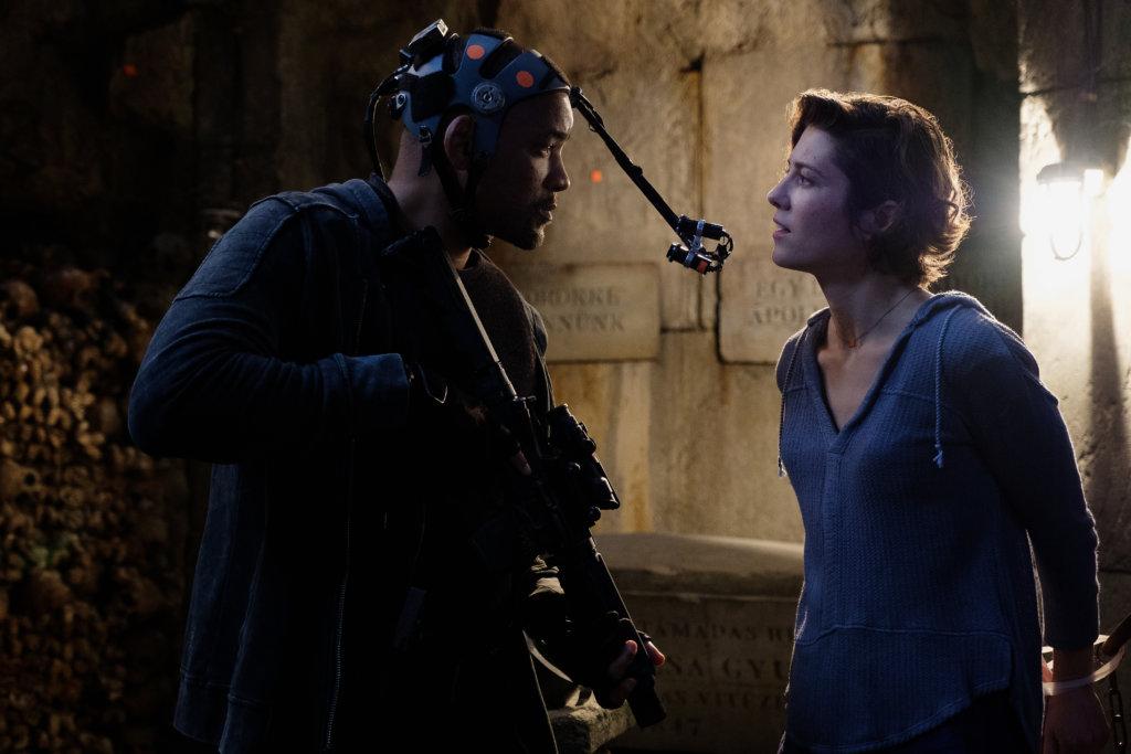 韋史密夫親身上陣演出兩次,戴上一身動態捕捉裝備演繹小克。