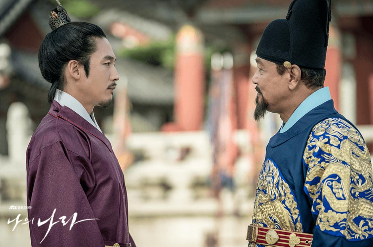 李芳遠和父親李成桂互有芥蒂,互相猜度。