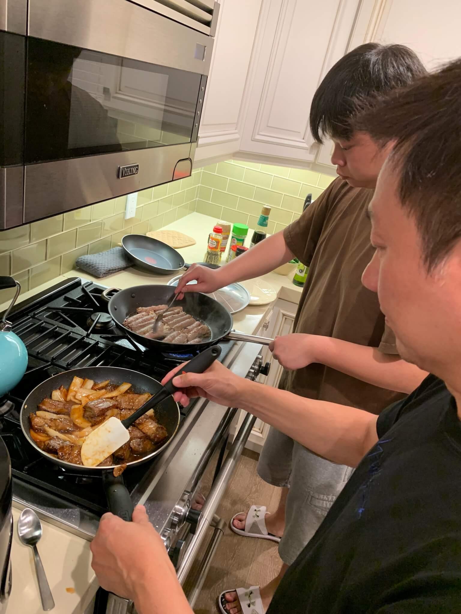 兩父子同樣廚藝了得,最受惠當然是太太,大飽口福。