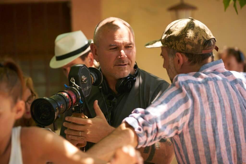 《死侍》導演添米勒今次擔大旗,但有監製占士金馬倫拔刀相助。