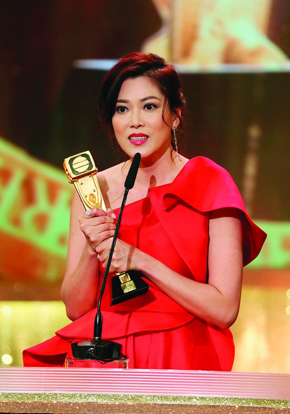 龍力蓮這個角色,讓林淑敏攀上事業高峰,奪《萬千星輝頒獎典禮2018》最佳女配角獎。