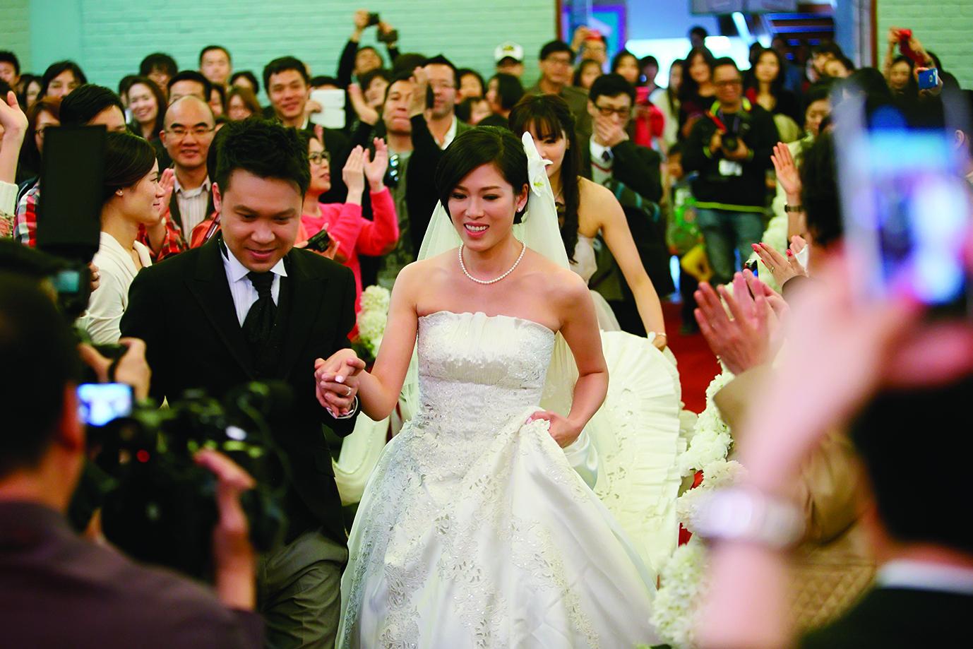 陳中原陪伴林淑敏走過最艱難的時刻,他的理性對她有很正面的影響,二○一三年戀情開花結果。