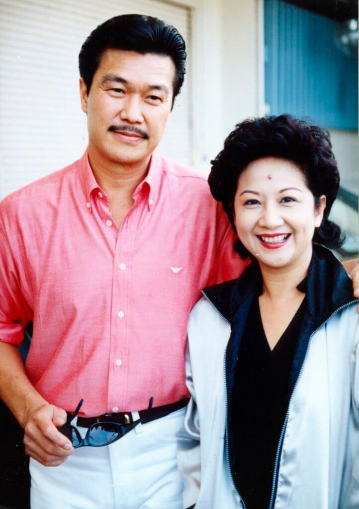 薛家燕在《真情》有個高大威猛的男友,就是「貓屎」黃錦燊。