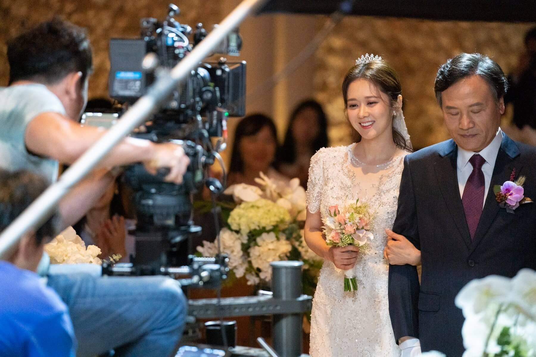 三十八歲的張娜拉再披嫁衣,不過粉絲還是最希望她在現實中出嫁。