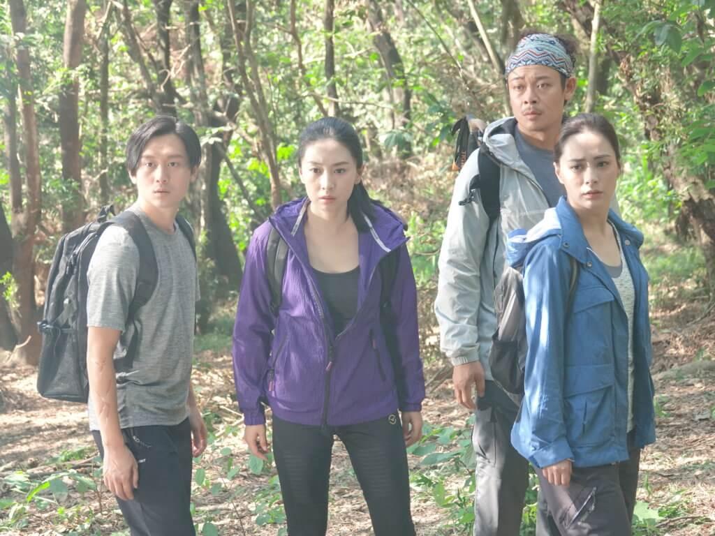 小龍與賈曉晨、梁祖堯協助鍾欣潼尋找失蹤的父親。