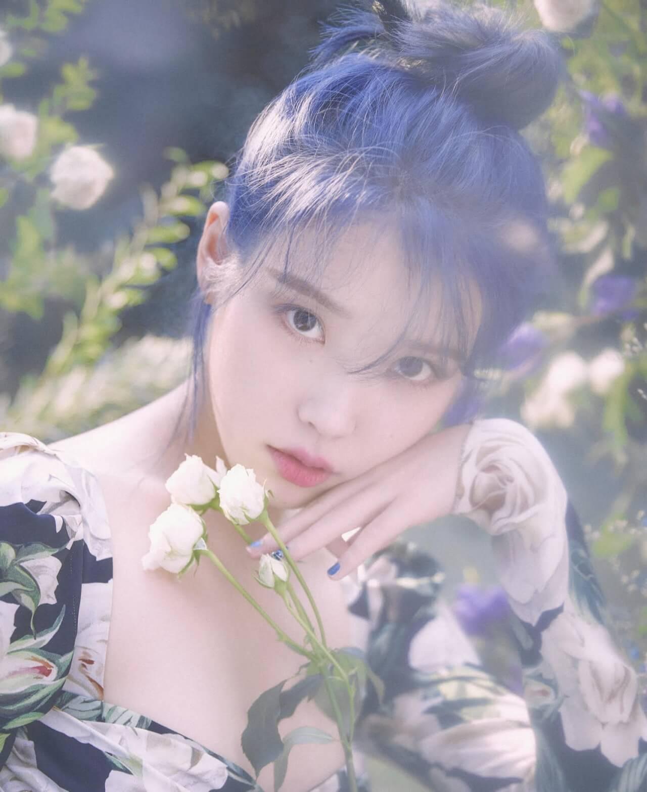 即將推出經典歌《YOU&I》後續曲的IU,將重啟歌手身份活動,未知到時又會帶給粉絲什麼驚喜?